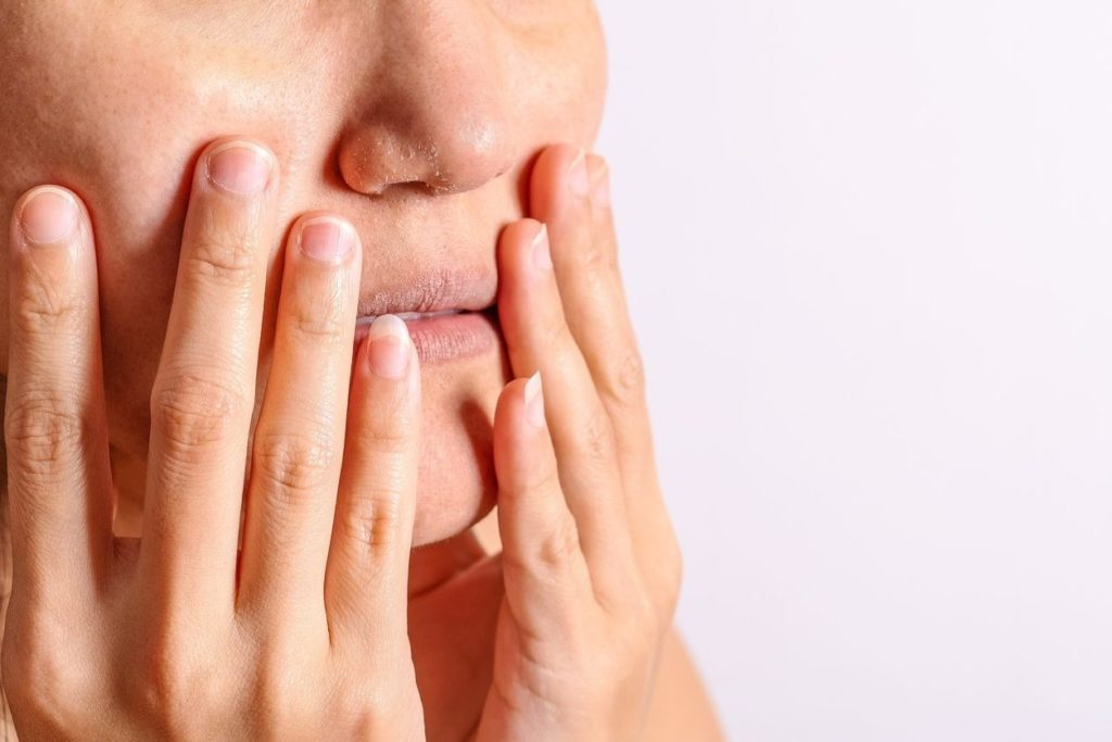 Shortness of breath and dry mouth