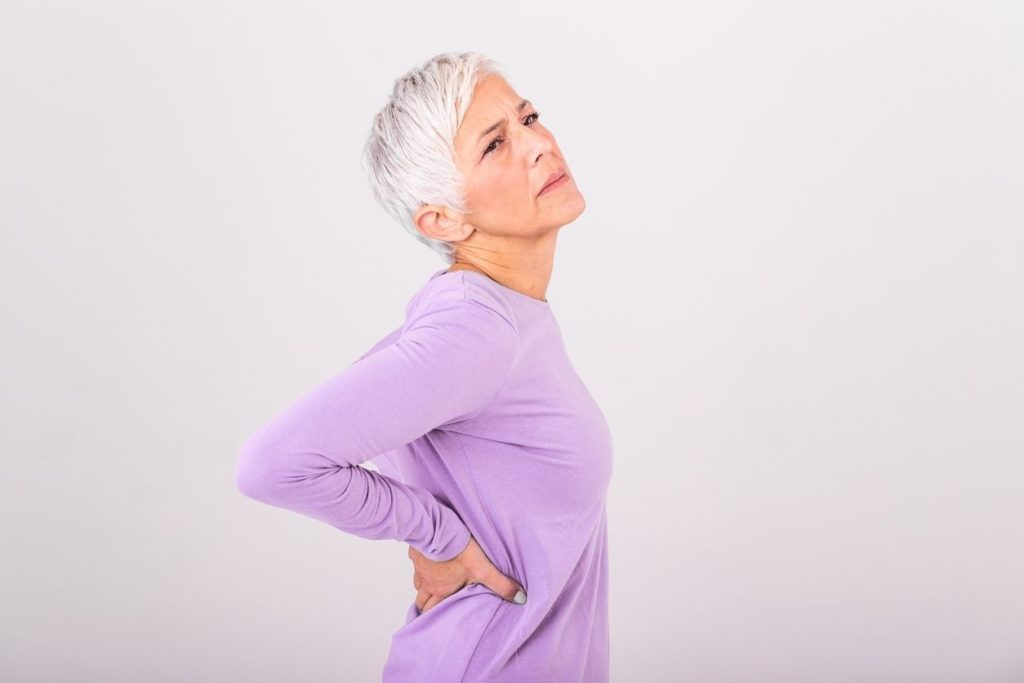How to relieve back pain by breathing